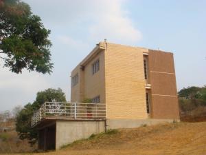 Casa En Venta En Cabudare, Parroquia Agua Viva, Venezuela, VE RAH: 16-5636