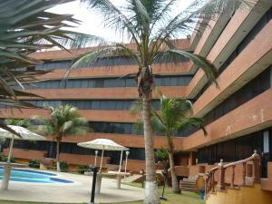 Apartamento En Ventaen Tucacas, Tucacas, Venezuela, VE RAH: 16-6882