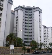 Apartamento En Venta En Municipio Naguanagua, La Granja, Venezuela, VE RAH: 16-5456