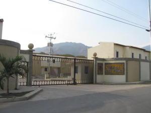 Townhouse En Venta En Municipio San Diego, Pueblo De San Diego, Venezuela, VE RAH: 16-5313