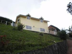 Casa En Venta En Caracas, Hoyo De La Puerta, Venezuela, VE RAH: 16-5940