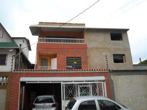 Casa En Venta En Caracas, Montecristo, Venezuela, VE RAH: 16-5355