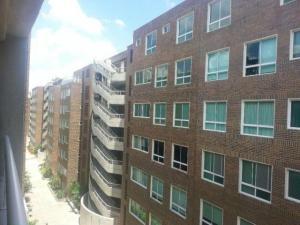 Apartamento En Venta En Caracas, Escampadero, Venezuela, VE RAH: 16-5518