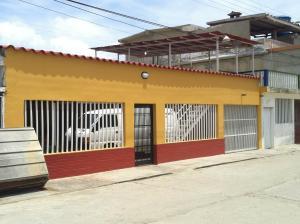 Casa En Venta En Tacarigua, Tacarigua, Venezuela, VE RAH: 16-5450