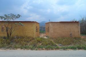 Terreno En Ventaen Municipio Bejuma, Bejuma, Venezuela, VE RAH: 16-5460