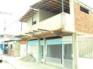 Casa En Venta En Maracay, Santa Rita, Venezuela, VE RAH: 16-5532