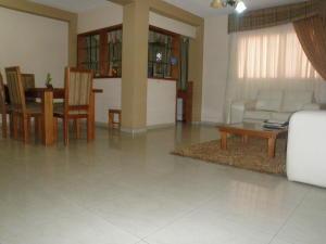 Apartamento En Venta En Punto Fijo, Centro, Venezuela, VE RAH: 16-5539