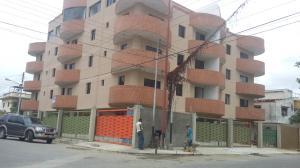 Apartamento En Ventaen Higuerote, Higuerote, Venezuela, VE RAH: 16-5560