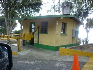 Terreno En Venta En Caracas, El Junquito, Venezuela, VE RAH: 16-5577