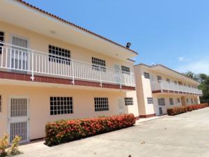 Apartamento En Venta En Higuerote, Monte Lindo, Venezuela, VE RAH: 16-5584