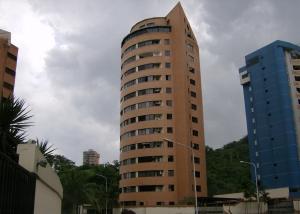 Apartamento En Venta En Valencia, El Bosque, Venezuela, VE RAH: 16-5622
