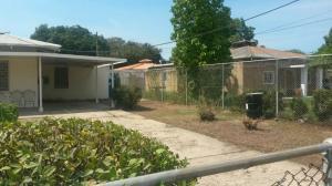 Casa En Venta En Cabimas, Cumana, Venezuela, VE RAH: 16-5630