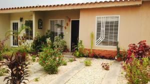 Casa En Venta En Municipio Libertador, Pablo Valley, Venezuela, VE RAH: 16-5645