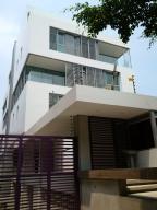 Apartamento En Venta En Caracas, La Castellana, Venezuela, VE RAH: 16-2022