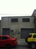 Galpon - Deposito En Alquiler En Caracas, Catia, Venezuela, VE RAH: 16-5681