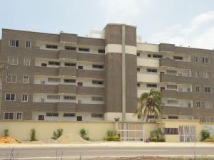 Apartamento En Venta En Tucacas, Tucacas, Venezuela, VE RAH: 16-5813