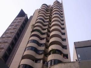 Oficina En Venta En Caracas, El Recreo, Venezuela, VE RAH: 16-5797