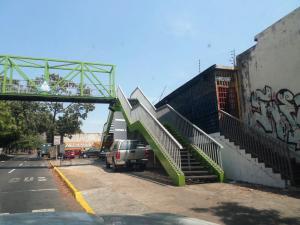 Edificio En Venta En Valencia, Centro, Venezuela, VE RAH: 16-6082