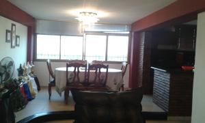 Apartamento En Venta En Maracaibo, Valle Claro, Venezuela, VE RAH: 16-5850