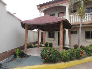 Apartamento En Venta En Ciudad Bolivar, La Sabanita, Venezuela, VE RAH: 16-5871