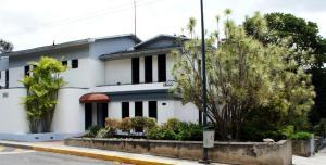 Consultorio Medico  En Ventaen Caracas, Los Palos Grandes, Venezuela, VE RAH: 16-9215