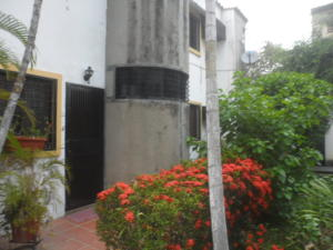 Apartamento En Venta En Municipio Naguanagua, El Rincon, Venezuela, VE RAH: 16-5893