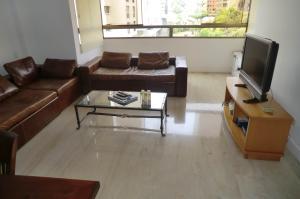 Apartamento En Venta En Caracas - Los Samanes Código FLEX: 16-5900 No.1