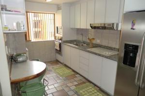 Apartamento En Venta En Caracas - Los Samanes Código FLEX: 16-5900 No.3