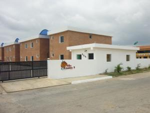 Apartamento En Venta En Chichiriviche, Flamingo, Venezuela, VE RAH: 16-5928