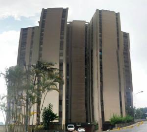 Apartamento En Venta En San Antonio De Los Altos, Los Salias, Venezuela, VE RAH: 16-5947