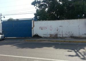 Terreno En Venta En Maracaibo, Barrio Los Olivos, Venezuela, VE RAH: 16-6054