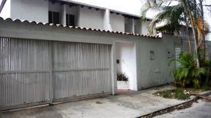 Casa En Venta En Caracas, Terrazas Del Club Hipico, Venezuela, VE RAH: 16-6010