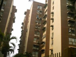 Apartamento En Venta En Turmero, Los Nisperos, Venezuela, VE RAH: 16-6022
