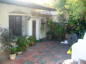 Casa En Venta En Caracas, Prados Del Este, Venezuela, VE RAH: 16-6039