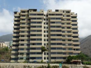 Apartamento En Venta En Parroquia Caraballeda, Camuri Chico, Venezuela, VE RAH: 16-6033
