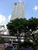 Oficina En Ventaen Caracas, Prado Humboldt, Venezuela, VE RAH: 16-6055