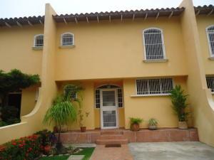 Casa En Venta En Cabudare, Parroquia José Gregorio, Venezuela, VE RAH: 16-6109