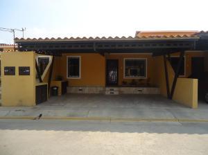 Casa En Venta En Cabudare, El Amanecer, Venezuela, VE RAH: 16-6131