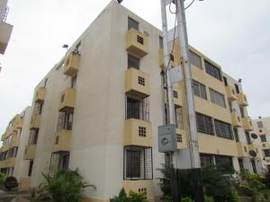 Apartamento En Venta En Guacara, Ciudad Alianza, Venezuela, VE RAH: 16-6191