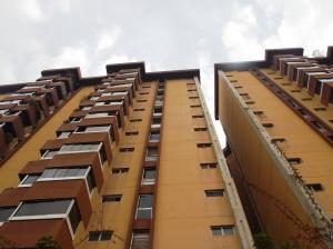 Apartamento En Ventaen San Antonio De Los Altos, El Picacho, Venezuela, VE RAH: 16-6194