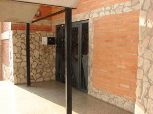 Apartamento En Venta En Maracaibo, Avenida Bella Vista, Venezuela, VE RAH: 16-6228