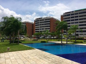 Apartamento En Venta En Guarenas, Guarenas, Venezuela, VE RAH: 16-6254