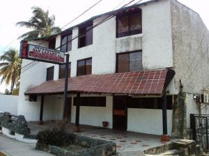 Apartamento En Venta En Maracay, El Castaño, Venezuela, VE RAH: 16-6256