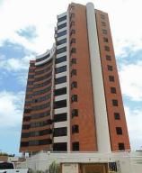 Apartamento En Venta En Parroquia Caraballeda, La Llanada, Venezuela, VE RAH: 16-6315