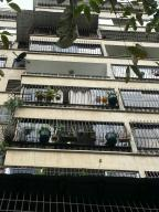 Apartamento En Venta En Caracas, Sabana Grande, Venezuela, VE RAH: 16-6360