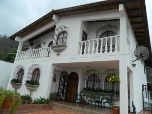 Casa En Venta En Carrizal, Colinas De Carrizal, Venezuela, VE RAH: 16-6368