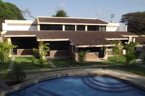 Townhouse En Venta En Rio Chico, Los Canales De Rio Chico, Venezuela, VE RAH: 16-6354