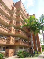 Apartamento En Venta En Rio Chico, Los Canales De Rio Chico, Venezuela, VE RAH: 16-6361