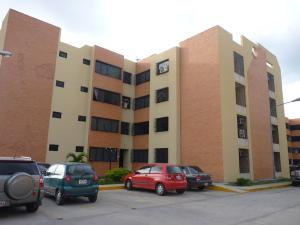 Apartamento En Venta En Intercomunal Maracay-Turmero, Intercomunal Turmero Maracay, Venezuela, VE RAH: 16-6386