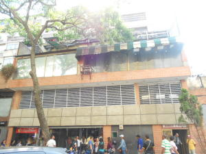 Local Comercial En Venta En Caracas, Centro, Venezuela, VE RAH: 16-6391
